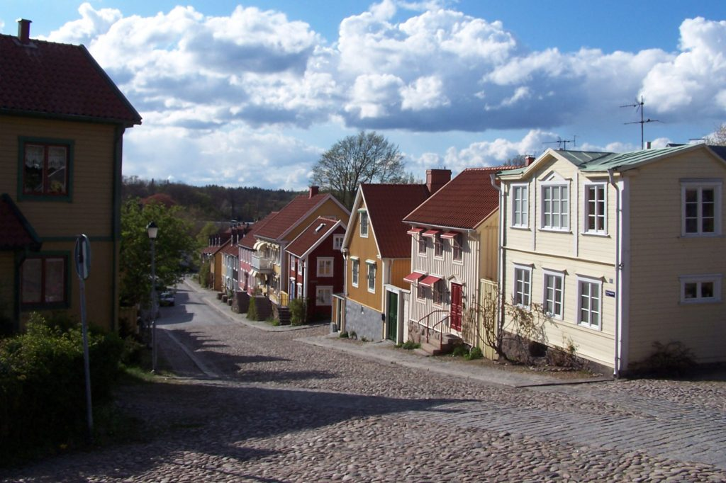 Låssmed i Ronneby med jour.